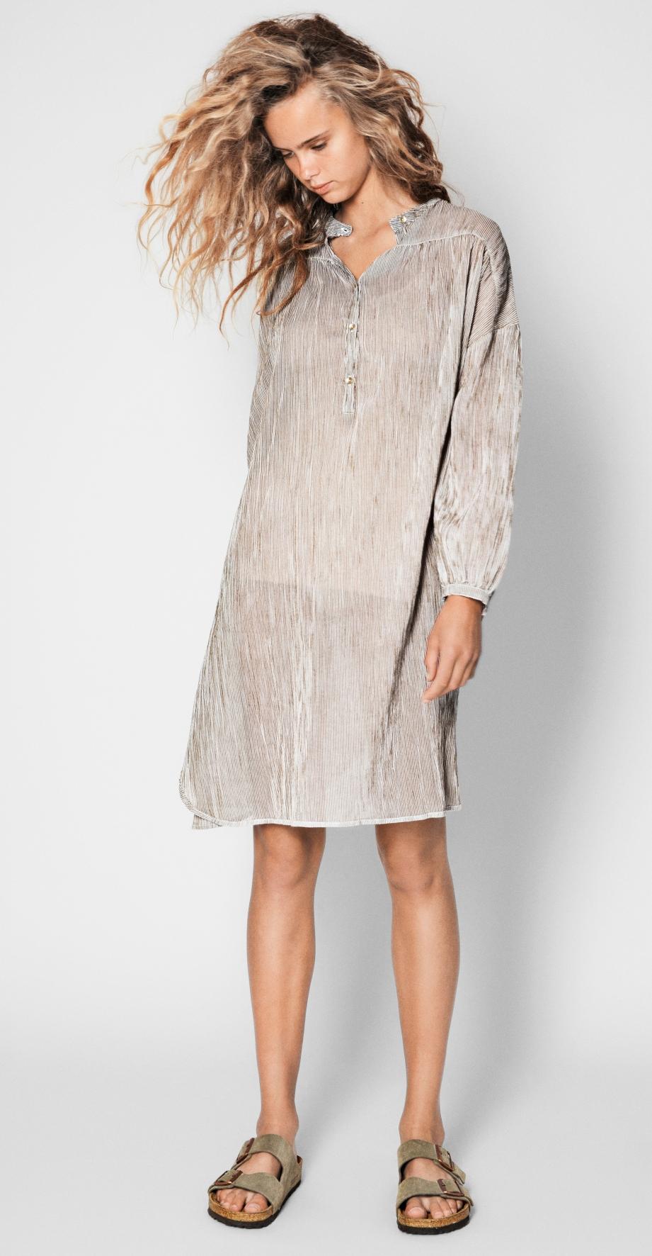 Aiayu_2018_VOL_1_Wear_image_Gaucho_dress_1